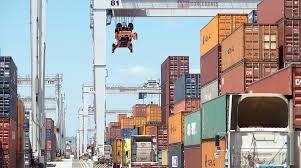 Container-Shipping Companies Plan Industry Alliance | Transport Topics For Truck Drivers At The Ports Of Los Angeles And Long Beach Its A Ims Transport Rear Load Containers Bp Trucking Inc Lacys Express Tank Carrier Bulk Transporter Schneider National Wikipedia Is Security Cris You Never Noticed Foreign Policy Home Liquid J B Hunt 5 Questions When Shipping A Container City Attorney Sues Porttrucking Firms Over Worker Truck Trailer Freight Logistic Diesel Mack