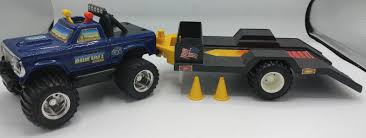 VINTAGE 1983 PLAYSKOOL Bigfoot Monster Truck 4x4x4 Toy With Trailer ...