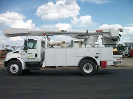 100 Altec Boom Truck 2006 International 55 Bucket W Material Handler