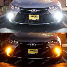 2015 up toyota camry as daytime running lights and turn signals