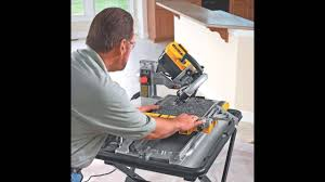 Skil Tile Saw 3550 by Dewalt D24000 1 5 Horsepower 10 Inch Wet Tile Saw Youtube