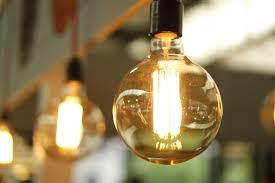 How Long Does it Take a Nurse to Change a Light Bulb