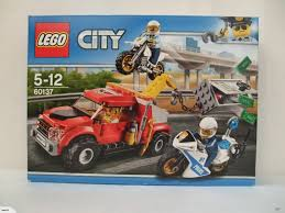 Lego City 60137: Tow Truck Trouble | Trade Me