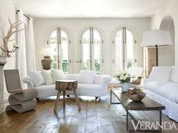 Designer Pamela Pierce Incorporates The Refined Rustic And Many Shades Of White To Update Her French Style Home Lets Take A Tour Beautiful