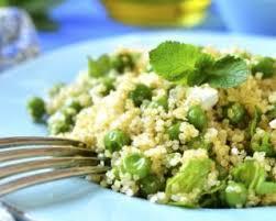 cuisiner des petit pois frais recette de taboulé frais de quinoa croq kilos feta menthe et
