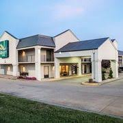 Lamplighter Inn Springfield Mo by Top 10 Hotels With Pools In Springfield Mo 57 Splash Into Savings