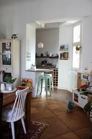 blick vom esszimmer zur küche zumindest halboffen