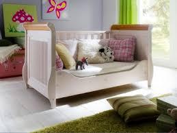 diffusion helsinki babybett in weiß mit absetzungen in antik optional mit juniorbettseiten