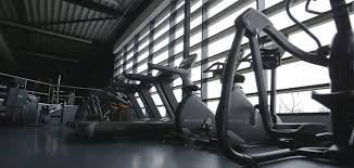 une salle de sport et de musculation à marseille 13006 à taille