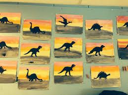 Fond Avec Gouache En Pain Pochoir De Dinosaures Peindre Les Dinos