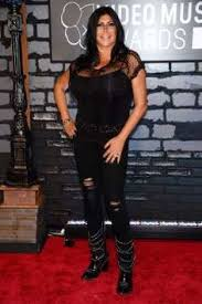 the cast of mob wives rally around big ang as she battles stage
