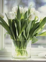 Expert Tips For Home Decorating With Flowers And Keeping Flower Arrangements Fresh Longer