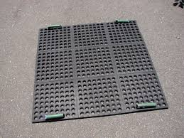Pickup Bed Mats by Pickup Truck Bed Tie Downs U2013 Easiest Way To Secure Cargo Gardensall