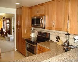 Kitchen Backsplash Designs With Oak Cabinets by Delighful Kitchen Backsplash Pictures With Oak Cabinets For Honey