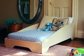 Sodura ZoomToddler Bed Modern Tots