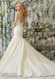 wedding dress 2818 intricate crystal beaded embroidery decorates
