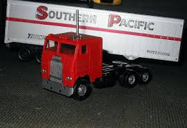 Athearn Southern Pacific Tractor With 40' Trailer 1960s | Collectors ... Pacific Fruit Express 40 Trailer 2pack Kirkland Model Train Matson Equipment Company Spokane Wa Food Tuesdays Mad Betty Classic Kenworth Editorial Photo Image Of Graeagle Land 61628176 Union Train Crashes Into Truck With Trailer Early Thursday Time Zone As You Go Nevada On Inrstate 80 At Wendover 2018 Forest River Rpod 180 Coast Rv Truck And Best Dsc_4578 Alw Lines Truckfax Trucks Now Long Gone Collision Repair Shop Colors Hyva Australia Workshop Aus