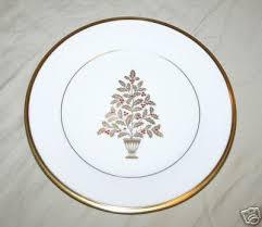 Lenox Christmas Tree Pattern