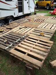 Planning Of Deck Flooring With Pallets