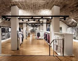 Creative Mobile Clothing Store Showcase And Fixtures For Garment Shop Design