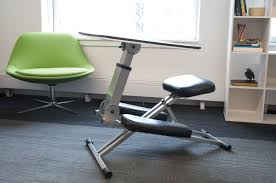 Ergonomic Kneeling Posture Office Chair by Forget Standing Kneeling Desks Should Be The New Office Trend