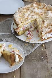 erdbeer baiser torte frau zuckerstein