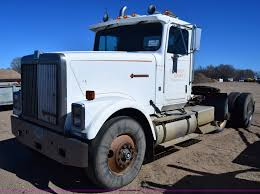 1988 International F9370 Semi Truck | Item K8681 | SOLD! Apr... 1988 Intertional 9300 Cab For Sale Sioux Falls Sd 24566122 Intertional 1700 Sa Dump Truck For Sale 599042 8 Ton National 455b S1900 Alto Ga 5002374882 Used F65 Model 2274 2155 Navister 1754 Diesel Single Axle Van Body Hood 2322 Sale At Morrisville Ny S2500 Tandem Truck 466 Diesel Engine 400 Hours F2674 Water Truck Item F8343 Sold Oc Very Clean S2600 For F9370 Stock 707 Hoods Tpi