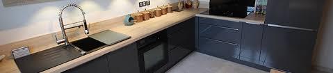 cuisines grises quelle couleur de plan de travail avec cuisine grise