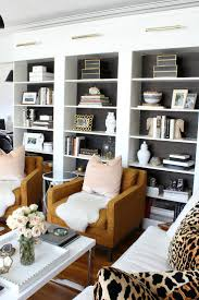 Living Room With Fireplace And Bookshelves by Best 20 Built In Shelves Ideas On Pinterest Built In Cabinets