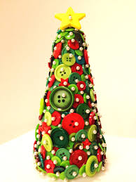 Whoville Christmas Tree Ornaments by Diy Button Crafts Xmas Tree This Site Has All Things Buttons
