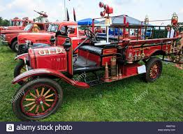 1918 Ford Model T Fire Truck Stock Photo: 218406708 - Alamy 1914 Ford Model T Fire Truck Vintage Motors Of Sarasota Inc F1451 Chicago 2015 Driving A Firetruck In Service When Woodrow Wilson Was President Wsj With Crew Icm Holding Plastic Model Kits Military 124 W2 Kit Hobbymodelscom Engine Pin Szerzje Jozsef Cspe Kzztve Itt Vetern Autk Pinterest Mhattan New York Usa 1st Apr Fdny Chief 1924 1910 Hyman Ltd Classic Cars 1926 This Is F Flickr Modelimex Online Shop