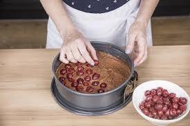 saftigster schoko kirsch kuchen mit suchtpotential