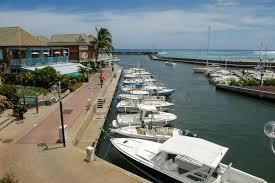 le port la reunion le port touristique du gilles sur la la reunion island
