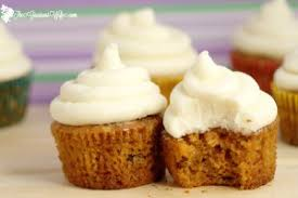 Moist Carrot Cake Cupcakes Recipe with cream cheese frosting Homemade carrot cake cupcakes recipe from