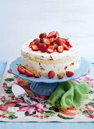 luftige erdbeer joghurt torte
