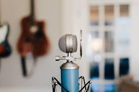 Wallpaper Microphone Guitar Blurred