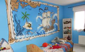 chambre garcon pirate peinture bateau pirate lucas bateau pirate