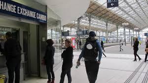 bureau de change tours le bureau de change va quitter la gare