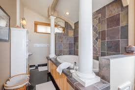 Uncle Johns Bathroom Reader Nature Calls by Moonbreaker Beach House Rental A1 Beach Rentals Lincoln City Oregon