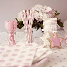 la fête à la maison happy tables and pink