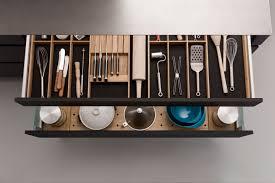stauraum optimieren ideen für eine aufgeräumte küche