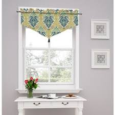Waverly Kitchen Curtains And Valances by Best 25 Waverly Valances Ideas On Pinterest Country Blinds