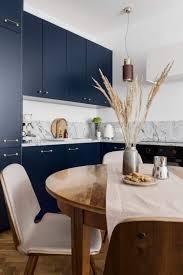 küche in blau 10 ideen mit der trendfarbe dunkelblau