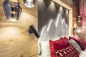hotelzimmer alpenstyle schlafzimmer design