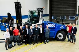 Kalmar Celebrates Delivery Of Its 1,000th Medium-range G-generation ... 2008 Shunter Kalmar Camions Dubois Introduces Its Latest Forklift To The North American Market Heavy Trucks 1852 Ton Capacity Pdf Gains Important Orders From Dp World For Terminal Tractors 2012 Single Axle Shunt Truck 2047 Little League Equipment Boosts As Major Ethiopian Terminals Expand Find A Distributor Blog Receives Order 18 Forklift Ecf 809 Triplex Electric Price 74484 Image Gallery Ottawa Dcd 455 Diesel Forklifts 7645 Year Of Trucks Windsor Materials Handling Drf 45070s5x Cstruction 89950 Bas