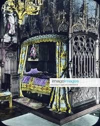 stockfoto neuschwanstein schlafzimmer könig ludwig