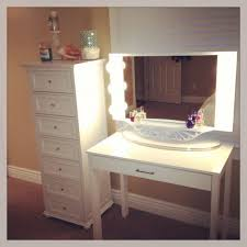 Makeup Vanity Desk With Lighted Mirror by Vanity Sets With Lights Rustic Bedroom Vanity Table Bedding Sets