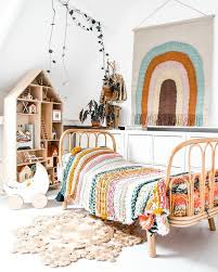 a room can look so sensational when you decorate it with