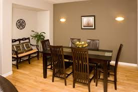 Beautiful Accent Wall In Dining Room