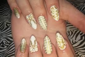 Acrylic Nails l White & Gold l Nail Design